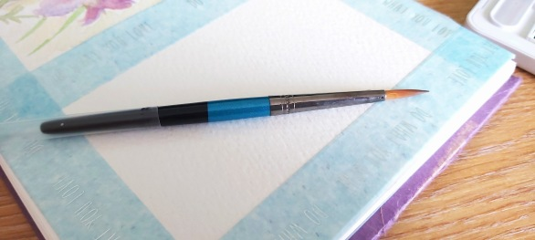 Small kit brush